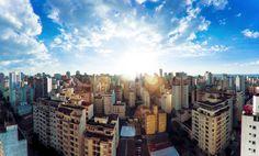 São Paulo, capital do estado, tem diversos motivos para atrair os turistas, tanto para negócios quanto para lazer. Vá até a metrópole e descubra qual é mais a sua cara. Confira: http://www.clickbus.com.br/pt/real-expresso