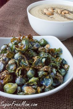 Roasted Brussels Sprouts with Salt and Pepper Cashew Dip Parmesan Broccoli, Broccoli Cauliflower, Radish Chips, Healthy Lunches For Work, Healthy Dinners, Healthy Foods, Healthy Eats, Vegan Appetizers, Appetizer Recipes