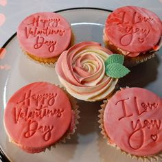Valentine Day Cupcakes, Valentines Day, Happy Mothers Day, Desserts, Food, Pinterest Valentines, Meal, Velentine Day, Mother's Day