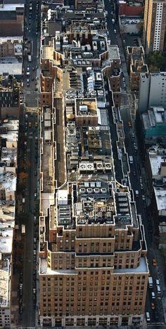 YannArthusBertrand2.org - Fond d écran gratuit à télécharger || Download free wallpaper - Port of New York Authority Building, Meatpacking District, Chelsea, Manhattan, New York, États-Unis (40°44' N - 74°00' O).