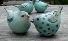 Türkise Keramikvögel