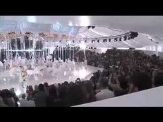 How magical is the Louis Vuitton Spring/Summer 2012 Paris fashion show!?!