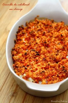 The combination of cod and chorizo is really delicious. I loved it in my cod casserole and chorizo with pepper coulis released last year. So I repeated the experience in a crumble version, it was Asian Fish Recipes, Recipes With Fish Sauce, Whole30 Fish Recipes, White Fish Recipes, Easy Fish Recipes, Meat Recipes, Healthy Dinner Recipes, Cooking Recipes, Ethnic Recipes