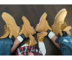Images and videos of timberlands baby Cute Kids Fashion, Baby Girl Fashion, Cute Baby Pictures, Baby Photos, Baby Timberlands, Cute Boy Outfits, Mother Daughter Fashion, Baskets, Fly Shoes