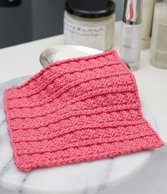 Sailor's Rib Stitch Washcloth Let the sailor's rib stitch shine with this easy knit dishcloth pattern. The texture of this easy free knitting pattern makes it ideal for washing faces, wiping down the counters,. Knitted Dishcloth Patterns Free, Knitted Washcloths, Crochet Dishcloths, Knit Or Crochet, Knitting Patterns Free, Free Knitting, Stitch Patterns, Crochet Patterns, Simple Knitting