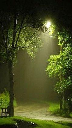 one rainy night. by Donn Beautiful World, Beautiful Places, Beautiful Pictures, Beautiful Moon, Rainy Night, Rainy Days, Night Rain, Natur Wallpaper, Love Rain