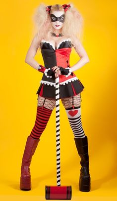 Ok i have officially decided I'm being Harley Quinn for Halloween! A Cool Harley Quinn Costume