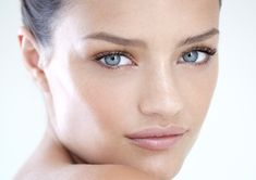 Tips for a Healthy and Glowing skin - http://vitamincserum.healthpro.org/anti-aging-serum/glowing-skin/