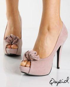 cute neutral peep toe