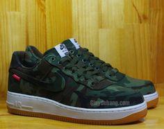 Supreme x Nike Air Force 1 Low-Camo