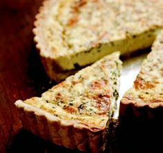 Herbed Quiche with Blue Cheese - great for a holiday brunch #EmerilsHoliday