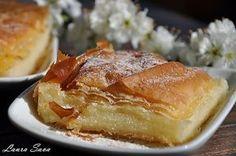 Bougatsa, o placinta greceasca cu gris Romanian Desserts, Romanian Food, Romanian Recipes, Greek Recipes, Vegan Recipes, Cooking Recipes, Vegan Sweets, Sweets Recipes, Vegan Food
