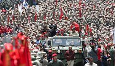 """Armar a cientos de miles de civiles en Venezuela """"llevará al desastre"""": EE.UU."""