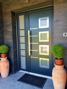 169 best exterior door ideas from best materials -page 42 Modern Entrance Door, Main Entrance Door Design, Modern Exterior Doors, Modern Front Door, House Entrance, Entrance Ideas, Door Ideas, Home Door Design, Door Gate Design