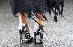 I dont knw why i like to see metal on shoes..Goth no Punk no Metal