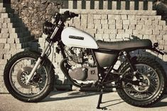 Scrambler Cafe Racer, Cafe Racer Seat, Cafe Racer Moto, Suzuki Cafe Racer, Cafe Racing, Cafe Racer Build, Tracker Motorcycle, Enduro Motorcycle, Motorcycle Design