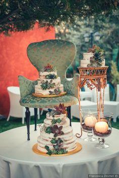 Angolo per la torta nuziale #matrimonio #nozze #sposi #sposa #torta #tortanuziale #wedding #weddingcake #ricevimento