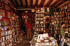 Shakespeare and Co: Bookshop Heaven