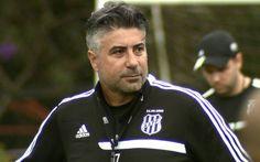 Alexandre Gallo, técnico da Ponte Preta (Foto: Carlos Velardi/ EPTV)