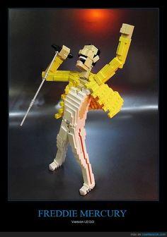 Shut up and take my money! - Versión LEGO Gracias a http://www.cuantarazon.com/ Si quieres leer la noticia completa visita: http://www.estoy-aburrido.com/shut-up-and-take-my-money-version-lego/