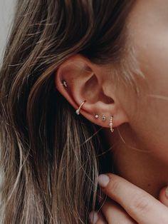 Are Ear Piercings Draining Your Energy? Natural Beauty Are Ear Piercings Draining Your Energy? Natural Beauty The post Are Ear Piercings Draining Your Energy? Natural Beauty appeared first on Ohrringe ideen. Piercing Tragus, Ear Peircings, Cute Ear Piercings, Ear Piercings Conch, Body Piercings, Anti Tragus, Ear Piercings Cartilage, Crazy Piercings, Unique Piercings