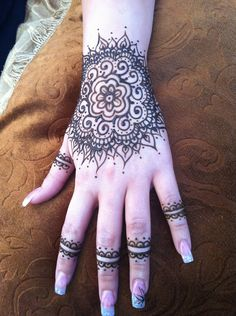 Henna hand, mehandi style at the old Mesilla Market out side las cruces, nm. Like FB 'Henna By Cyn' for designs.