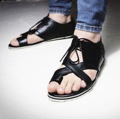 Mens New Fashion Lace ups Gladiator Roman Strap Flip Flops Casual Sandals Slim