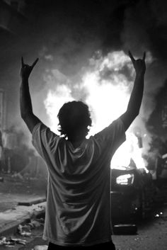 Issaquah man experiences Vancouver's hockey riot, 2011