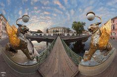 Банковский мост на канале Грибоедова
