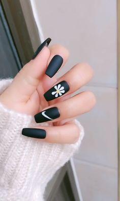 nail art videos - nail art designs & nail art & nail art videos & nail art designs for winter & nail art designs easy & nail art winter & nail art designs for spring & nail art diy Nail Art Designs Videos, Nail Art Videos, Diy Nail Designs, Edgy Nails, Grunge Nails, Stylish Nails, Coffin Nails Matte, Gel Nails, Manicure
