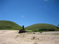 Moaïs de la plage d'Anakena