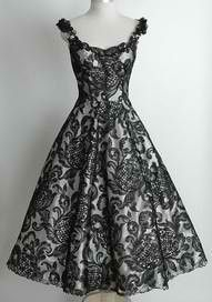 omg straps! i'm having these ones added to my dress. I love vintage style dresses!