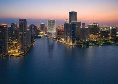 miami, Florida would be my next destination trip, relaxing in the beautiful beaches, laying on the sand and getting in the light blue ocean. Places Around The World, Oh The Places You'll Go, Great Places, Places To Travel, Places To Visit, Around The Worlds, Downtown Miami, Miami Florida, Miami Beach