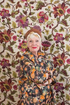 Pattern Clash – Does your grandma have a crazy wallpaper like this still up in her house?