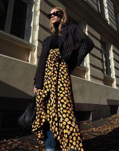 Ganni street style | Tine Andrea | Emory Crepe Wrap Skirt