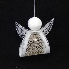 Needle Lace, Bobbin Lace, Small Xmas Tree, Kugel, One Color, Christmas Bulbs, Holiday Decor, Lace, Bobbin Lacemaking