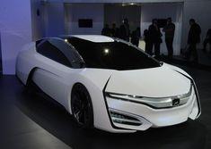 Honda FCEV Concept innovates in and out Hydrogen Car, Honda Cars, Honda Auto, Honda Insight, Latest Cars, Car Manufacturers, Electric Cars, Concept Cars, Super Cars