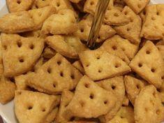 Sós sajtos kréker Cookies, Desserts, Food, Tailgate Desserts, Biscuits, Deserts, Essen, Dessert, Cookie Recipes