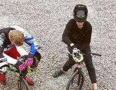 Racing in Sibirien #engelholmbmx  #dwbtoftshit #bmx #bmxlife #bmxrace #bmxracing  -> @fridak71