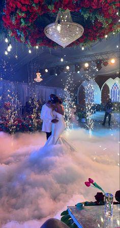 Wedding Goals, Red Wedding, Dream Wedding Dresses, Wedding Themes, Perfect Wedding, Wedding Planning, Wedding Decorations, Wedding Day, Wedding Stage
