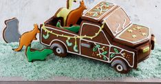 Christmas wouldn't be Christmas without gingerbread and this year we've given it a uniquely Australian touch. Introducing the Aussie gingerbread ute, complete with a load full of iconic animals.
