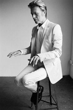 David Bowie / New York / V Magazine, 2002 / Mario Testino Angela Bowie, David Bowie, Mario Testino, Mick Jagger, The Thin White Duke, Black And White, White Light, Michel Delpech, Duncan Jones
