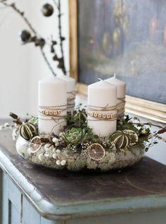 weihnachtiche Deko Ideen für Adventskränze