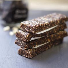 Energizing Raw Breakfast Bars
