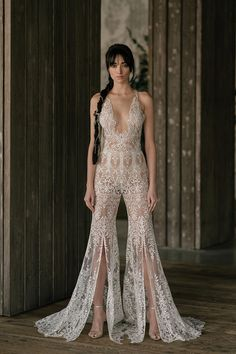 Rivini by Rita Vinieris Spring 2019 illusion lace wedding jumpsuit Top Wedding Dresses, Wedding Dress Trends, Bridal Dresses, Wedding Gowns, Wedding Hijab, Pakistani Wedding Dresses, Wedding Cakes, Bridal Collection, Dress Collection