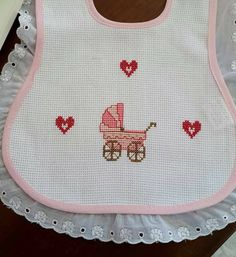 Palestinian Embroidery, Beaded Cross Stitch, Bibs, Anastasia, Tutorial Crochet, Craft, Dresses For Babies, Counted Cross Stitches, Bib Pattern