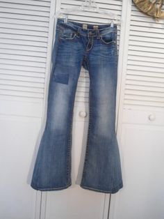 Size 5/6 Womens Patched Bell Bottom Low Rise Jeans by LandofBridget