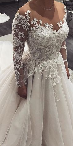 Gowns With Sleeves, Wedding Dress Sleeves, Dream Wedding Dresses, Bridal Dresses, Wedding Gowns, Bridesmaid Dresses, Looks Party, Mermaid Dresses, Dream Dress