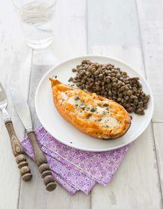 Patates douces farcies au cheddar, la recette d'Ôdélices : retrouvez les ingrédients, la préparation, des recettes similaires et des photos qui donnent envie !