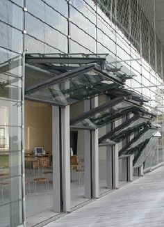 HOOY - During good weather, the operable elements can be opened up, using sash devices to enable an unhindered connection to the exterior. Detail Architecture, Japanese Architecture, Interior Architecture, Landscape Architecture, Facade Design, Door Design, House Design, Arched Windows, Windows And Doors